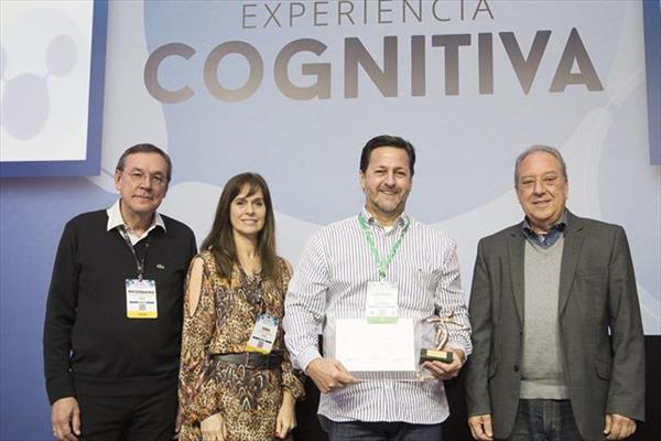 Luís Mário recebe Prêmio Notabile 2016. Foto: IT4CIO